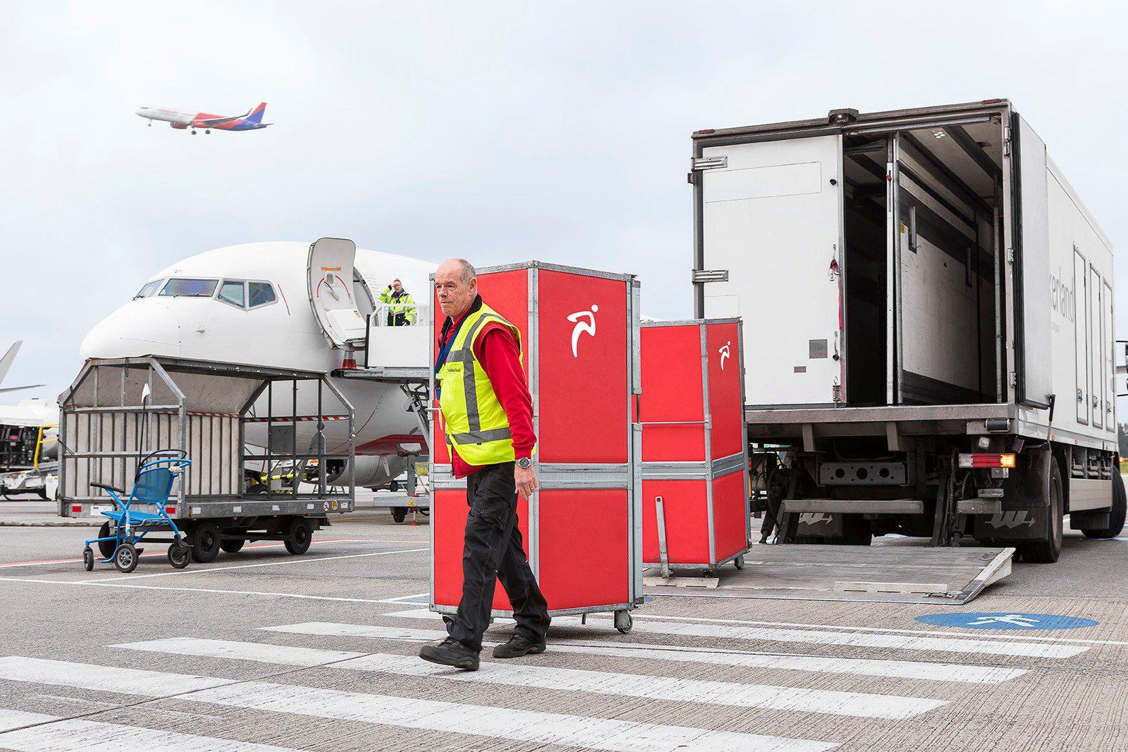 Lekkerland service verwerkt en levert klant bestelling over het kanaal
