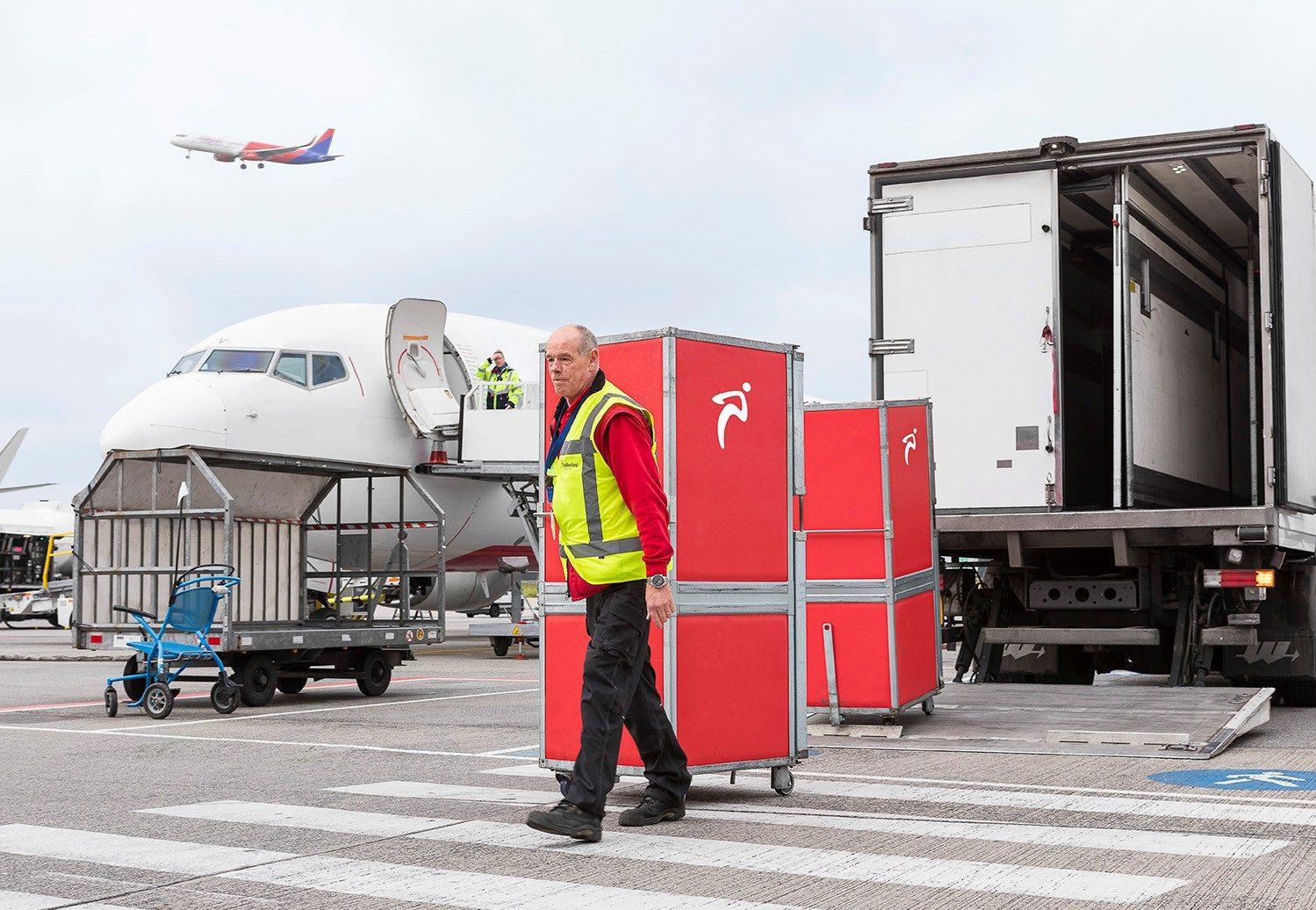 Conway logistiek service over het kanaal en via de lucht