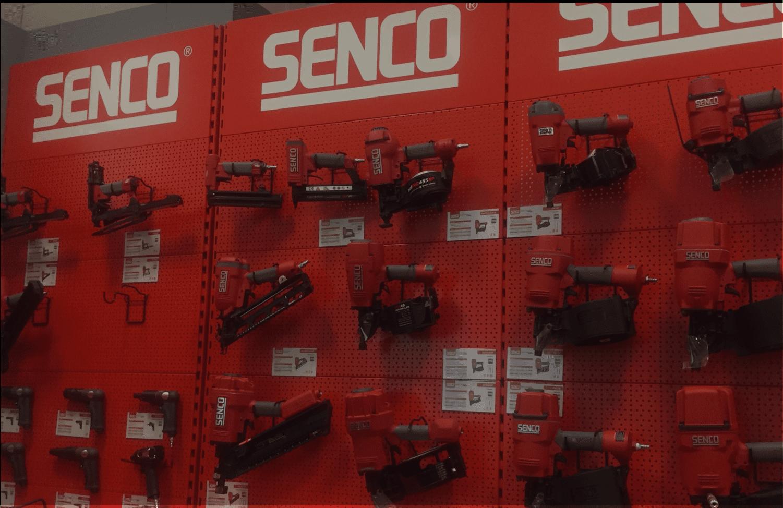 Poppers Senco levert bevestigingsmiddelen en -machines voor de bouwwereld